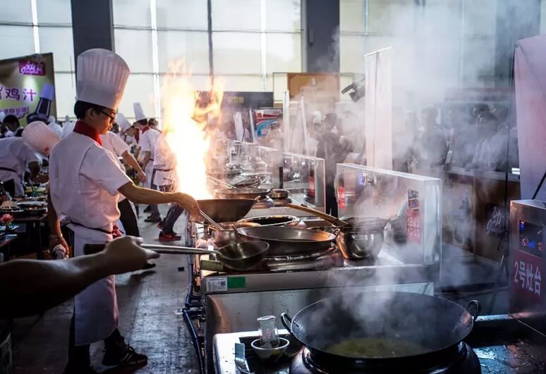 Commercial Induction Wok Cooker VS. Gas Stove