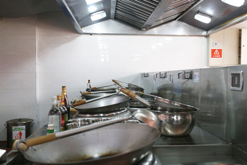 Commercial Induction Wok Cooker (1)