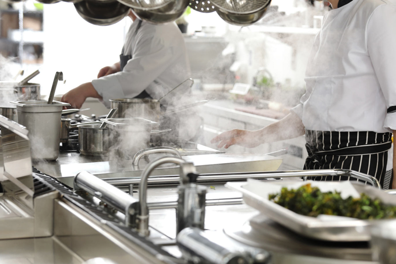 Why Do Chefs Like Gas Stove More Than Commercial Induction Cookers?